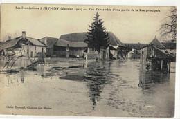 CPA   JUVIGNY  Inondation 1910,  Vue D'ensemble D'une Partie De La Rue Principale - Other Municipalities
