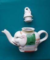 THEIERE Céramique En Forme D'un éléphant (théiere Et Le Bouchon) - Teapots