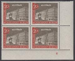 !a! BERLIN 1962 Mi. 221 MNH BLOCK From Lower Right Corner (w/ Formnumber / B) -Old Berlin Town-views: Berliner Schloss - Ongebruikt