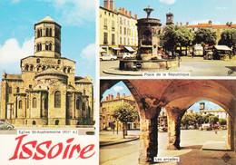 63 Issoire Eglise Saint Austremoine Place De La République Les Arcades (carte Vierge) - Issoire