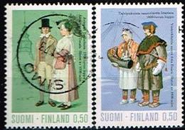 FINLANDE/Oblitérés/Used/1972 - Costumes Nationaux / YVT N°675,678  - MI.N°711,714 - Oblitérés