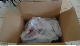 CP0 Carton 28 Kgs Dont Colis Postaux De France **/* Côte 1700 Euros Assez Rare à Se Procurer. Voir Commentaires !!! - Lots & Kiloware (mixtures) - Min. 1000 Stamps