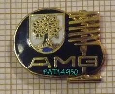 MERCEDES AMG  LOGO Avec Le PISTON En Version EGF - Mercedes