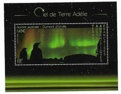 R27 - TAAF. Feuillet F923 De 2020 - CIEL DE TERRE ADELIE - Aurore Australe. - Neufs
