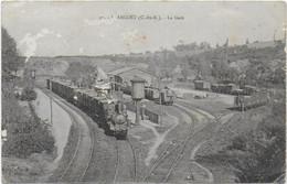 Plancoet - La Gare Avec Train De Marchandises - Other Municipalities