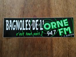 AUTOCOLLANT STICKER BAGNOLES DE L'ORNE C'EST TOUT VERT – RADIO – 94,7 FM - Stickers