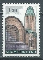 Finlande YT N°663a Gare D'Helsinki Neuf ** - Nuevos