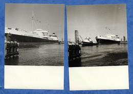Pétrolier Esso Gascogne Avec Plate Forme Lot De 2 Photos 12,5 Cm Sur 8, 5 Cm - Tankers
