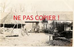 PHOTO FRANCAISE - POILUS EN CANTONNEMENT A CHUIGNOLLES PRES DE CHUIGNES SOMME 1916 - GUERRE 1914 1918 - 1914-18