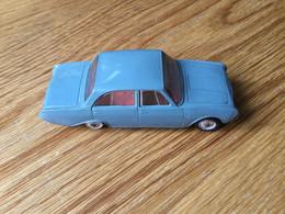 Norev : N°43 : Ford Taunus 17M (pas De Boîte) - Jugetes Antiguos