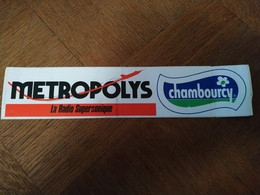 AUTOCOLLANT STICKER METROPOLYS LA RADIO SUPERSONIQUE – CHAMBOURCY - Stickers