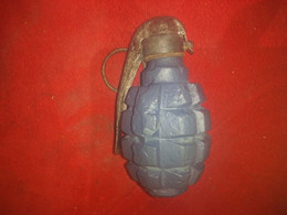 Grenade DF16 Complète D'origine - Decorative Weapons