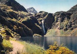 31 - Le Lac D'Oô Et Sa Belle Cascade - Environs De Luchon - Non Classés