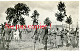 PHOTO -  REVUE DU  GENERAL JOFFRE A PONT SAINT MAXENCE PRES DE CREIL OISE 1916 - GUERRE 1914 1918 - 1914-18