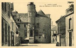 PONT-L'ABBE - Rue Du Château Et L'Hôtel De Ville - Pont L'Abbe