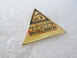 PIN'S    BUD  LIGHT   SPORT  TRIATHLON - Bière