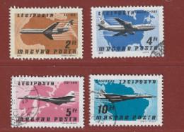 Timbre Hongrie Avion  N° PA 394 - PA 396 - PA 397 - PA 398 - Gebraucht