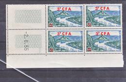 Réunion 311A Les Andelys Bloc De 4 Coin Daté  2 06 1955  Neuf ** TB MnH Sin Charmela Cote 10 - Unused Stamps