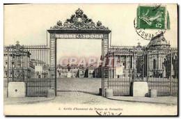 CPA Grille D&#39honneur Du Palais De Versailles - Versailles (Castillo)