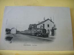 03 1782 TRES RARE CPA - 03 CHAVENON. LA GARE - TRAIN EN GARE. - Otros Municipios