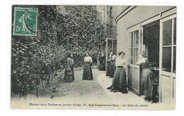 CPA 75 PARIS MAISON POUR DAMES ET JEUNES FILLES 37 RUE EUGENE CARRIERE UN COIN DU JARDIN - Unclassified