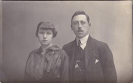 Photograph Of A Married Couple, Portrait Par Fernand Deladrière, Rue De Nimy Mons (pk77856) - Marriages