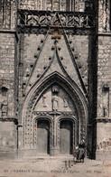 CPA - CARHAIX - Eglise St Trémeur - Portail ... - Editions Diverses - Lot De 2 Cartes A Saisir - Carhaix-Plouguer