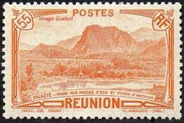 Réunion N° 136 A** Vue - Salazie, Mare Aux Poules D'eau Et Piton D'Auchain - 55c Orange - Unused Stamps