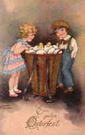 DC5783 - Ak Schöne Motivkarte Kleines Mädchen Und Kleiner Junge Ostern - Portraits