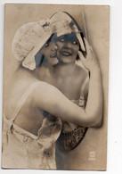CARTE PHOTO * FEMME * MIROIR * COMBINAISON / CHEMISE DE NUIT * BONNET DE BAIN * Carte N° 1565 - Women