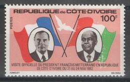 Côte D'Ivoire - YT 612 ** MNH - 1982 - Visite Du Président Mitterrand - Costa De Marfil (1960-...)