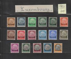 LUXEMBOURG - Occupation Allemande - 1940 / 1944  -  Lot De  17  Timbres Divers  -  Voir Les 2 Scannes - 1940-1944 German Occupation
