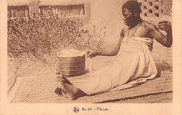 BURKINA-FASO HAUTE-VOLTA  OUAGADOUGOU Fileuse Mossi  Peulh Peuhl Peul  N° 46 \ML4021 - Burkina Faso