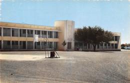 NIGER NIAMEY  Lycée National Terrain De Basket  N° 6 \ML4027 - Niger