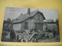 22 7219 CPA 1906 - 22 SAINT CAST NAUFRAGE DU HILDA (19 NOVEMBRE 1905) LES DEBRIS DU NAVIRE REJETE PAR LA MER.- ANIMATION - Saint-Cast-le-Guildo