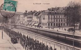 """TULLE """" Les Quais , Defilé Militaire """"         N°10288 - Tulle"""