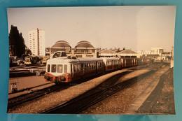 Autorail SNCF X 3800 Picasso- Photo Dépôt Caen - 1985 - France Normandie Calvados 14 Locomotive Train Gare Chemin Fer - Treinen