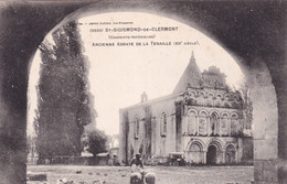 "ST SIGISMOND "" Abbaye De Tenaille Animée ""         N°10309 - Non Classés"