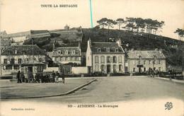 Audierne * Quartier La Montagne * Rue Et Bureau Du Port - Audierne