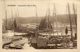 Audierne * Langoustiers Dans Le Port * Bateau Pêche - Audierne