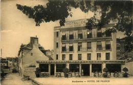 Audierne * Devanture Hôtel De France , LE BOURG KERADENNEC Propriétaire * Cpa Publicitaire - Audierne