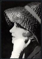 E8816 - Marlene Dietrich - Handtekening