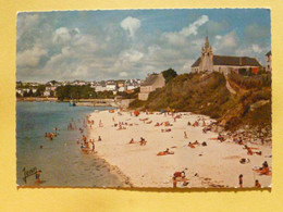 V11-29-finistere--audierne- Poulgoazec-la Plage Et L'eglise Saint Julien--plage Animee- - Audierne