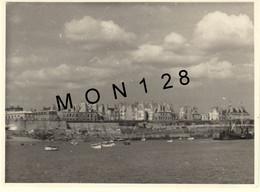 BRETAGNE SAINT MALO 1950 - BATEAUX -  PHOTO 11,5x8,5 Cms - Luoghi