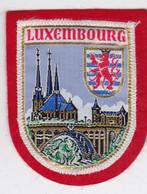 Ecusson Tissu - Luxembourg - Blason - Armoiries - Héraldique - Cathédrale - Patches