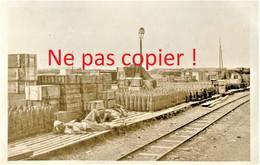 CARTE PHOTO FRANCAISE 322 RIT DEPOT DE MUNITIONS ET POILUS AU CAMP LES BUTTES PRES DE BRAY SUR SOMME - GUERRE 1914 1918 - Guerra 1914-18