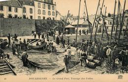 Douarnenez * Le Grand Port * Tannage Des Voiles * Pêcheur Pêche Bateau - Douarnenez