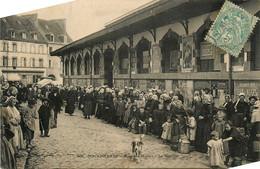 Douarnenez * La Rue Des Halles * Le Marché * Foire * Place Et Halle - Douarnenez