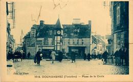 Douarnenez * La Place De La Croix * Pharmacie - Douarnenez