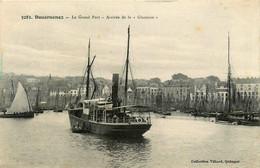 Douarnenez * Le Grand Port * Arrivée Du Bateau Vapeur LA GLANEUSE - Douarnenez